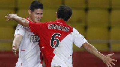 El colombiano James Rodríguez hizo dos tantos en la victoria del Mónaco...