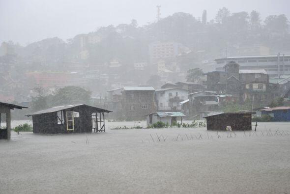 Filipinas es golpeada cada año por una veintena de tifones, en promedio.