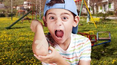 Qué hacer en caso de que un niño sufra una lesión, golpe o accidente en el campamento de verano