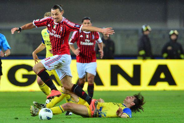 Un día antes, el Milan había recuperado el liderato al vencer al Chievo...