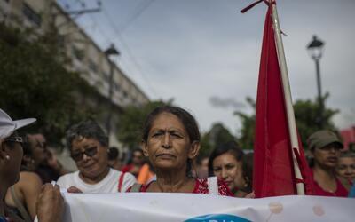 Impiden abortar a niña de 10 años violada por su padrastro en México el-...