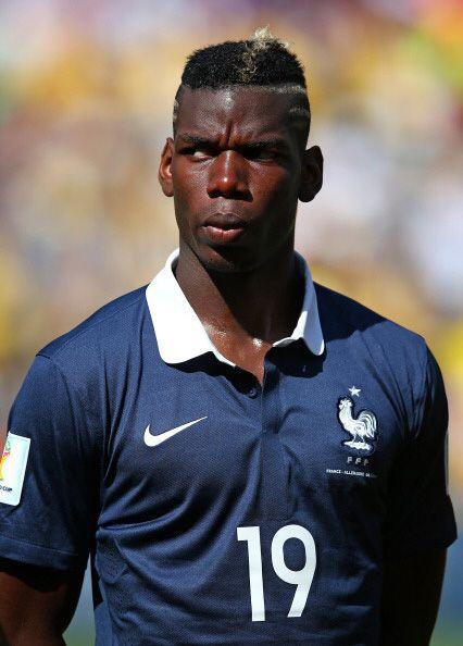 18. PAUL POGBA. El centrocampista francés elevó el costo de sus servicio...