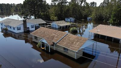 """""""Uno de los más húmedos desde el punto de vista del agua"""": la inverosímil frase de Trump sobre el huracán Florence"""