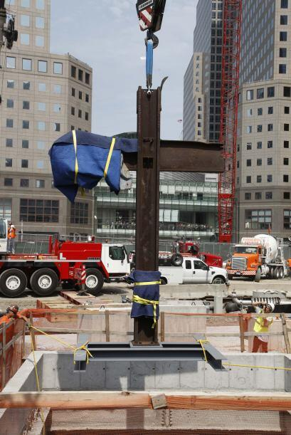 La cruz fue descubierta por un trabajador de la construcción durante los...