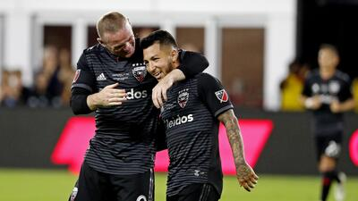 """""""¿Tú vas a correr de regreso?"""", la charla entre Wayne Rooney y Luciano Acosta que derivó en épico triunfo"""