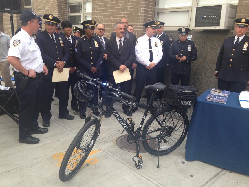 El NYPD cuenta con 400 nuevas bicicletas reforzadas.