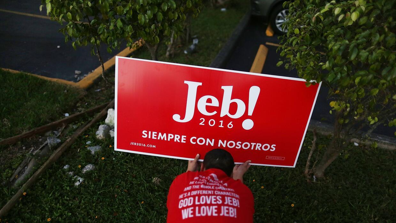 Simpatizante de Jeb Bush en Hialeah, Florida