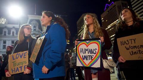 Mitin 'Love Trumps Hate', de reacción a la victoria del president...