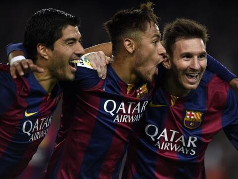 El Barcelona calmó la crisis en su interior, tras derrotar 3-1 al...
