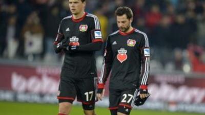 Leverkusen perdió y se distancia de la punta.