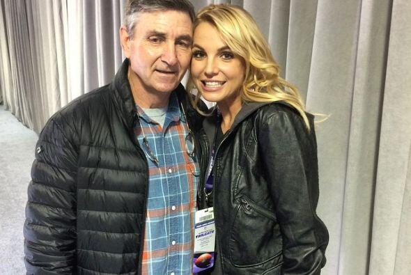 """""""Te amo"""", le dijo Britney Spears a un hombre que la ha acompañado siempr..."""