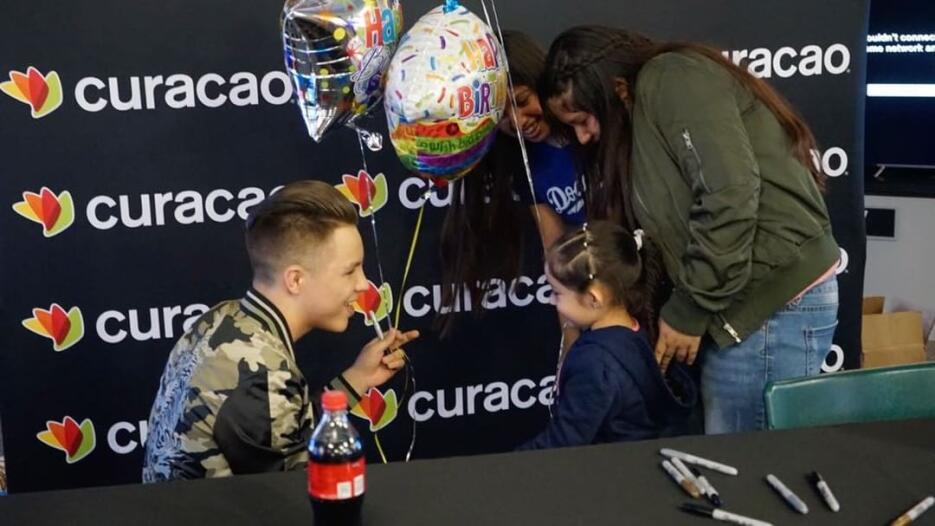 Jonatan Sánchez es muy querido por sus fans y el sentimiento es mutuo.