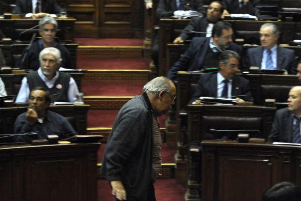El diputado oficialista Víctor Semproni defendió su postura en contra de...