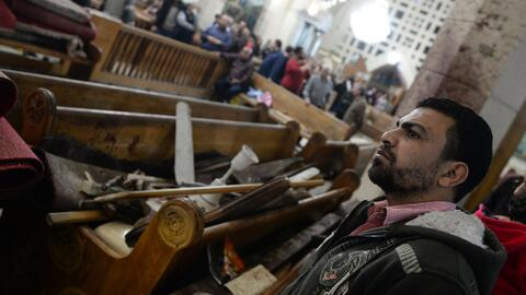 Al menos 44 muertos y unos 100 heridos dejan dos ataques de ISIS con bom...