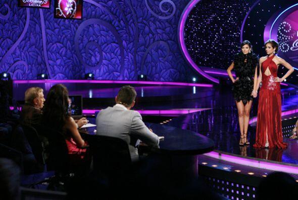 Aquí el momento en que Ana Patricia González es seleccionada por el jurado.