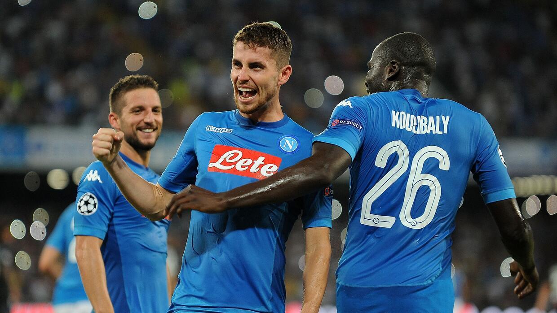 Napoli derrotó como local por 2-0 a Niza con tantos de Dries Mertens y J...