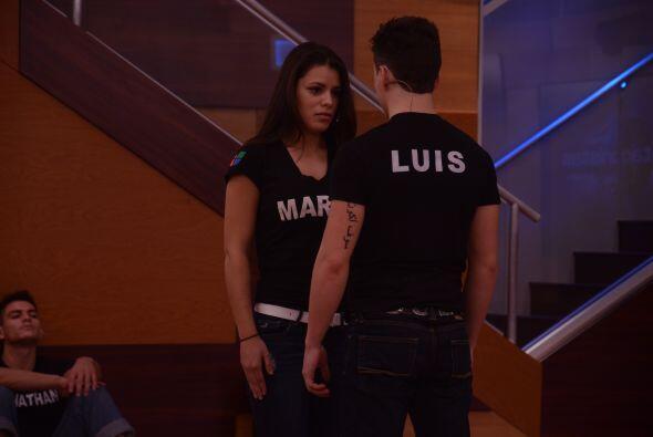 Marlin y Luis a punto de empezar un baile orgánico.