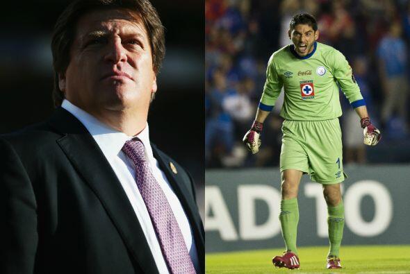 Miguel Herrera Vs. Jesús Corona. La más reciente diferencia entre un jug...