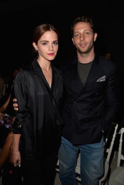Emma Watson lució tan 'chic', que Derek Blasberg  no perdió la oporunida...