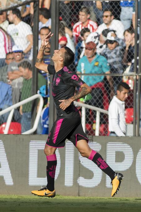 Un gol: Leonel Vangioni (Vs. Querétaro) - Argentina