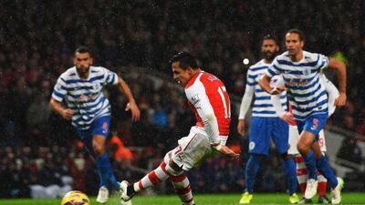 El ariete chileno había fallado un penal pero luego marcó el primer gol...