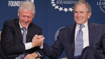 Cómo Trump se convirtió en el enemigo común de los clanes Bush y Clinton