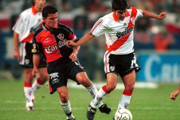 En la fase de grupos el Atlas se midió al River Plate de Argentina, a la...