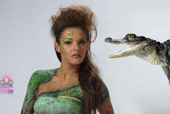 Nathalia se metió en las escamas del lagarto, tal y como se lo pi...