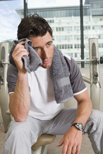 Escupir es una conducta muy particular de los hombres, pero es mejor evi...