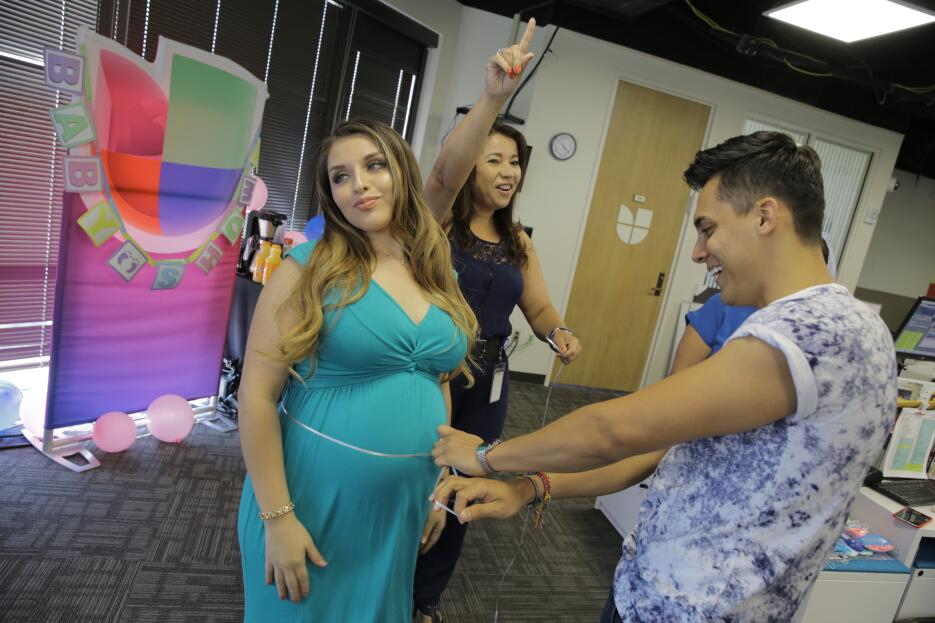 Su esposo y ella decidieron no saber si será niño o niña hasta el día qu...