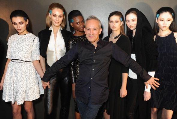 El diseñador César Galindo presentó en NY su colecc...