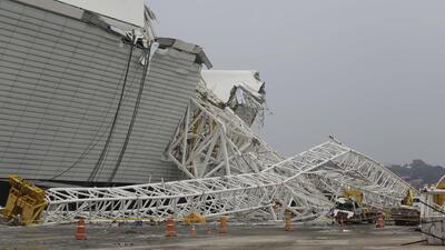 Un derrumbe en el estadio que será sede del Mundial en Brasil 2014