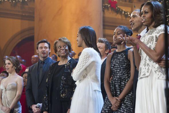 Hugh Jackman fue uno de los famosos que amenizaron el evento navideño en...