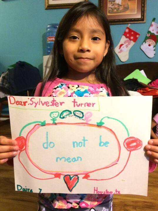 Turner también recibió esta carta de Daire, de 7 años, que con este dibu...