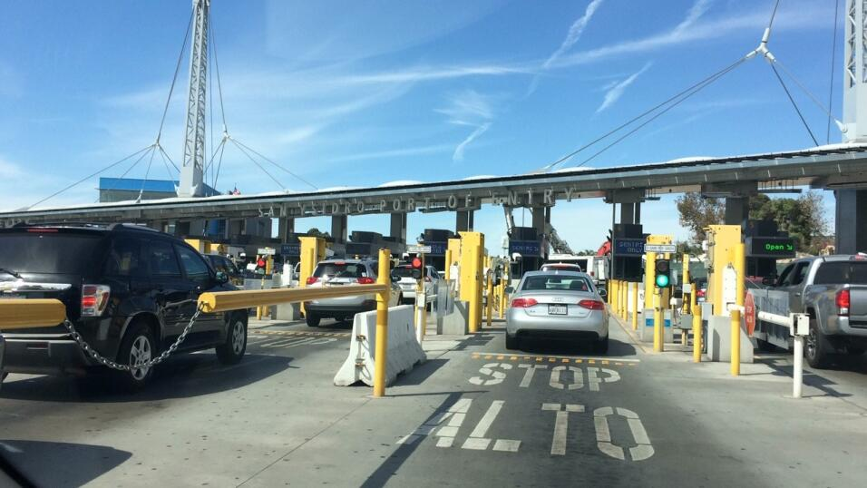 A unos pasos de la inspección de documentos en el cruce de vehículos.