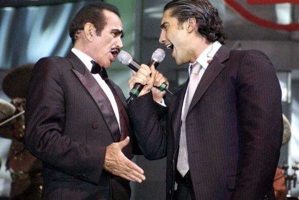 Y lo más impactante de este año fue el tremendo dueto que hizo junto a s...