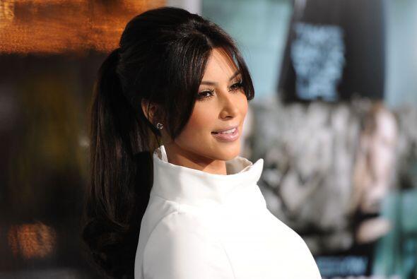 No por nada Kim Kardashian es un ícono de moda  entre las mujeres y es p...