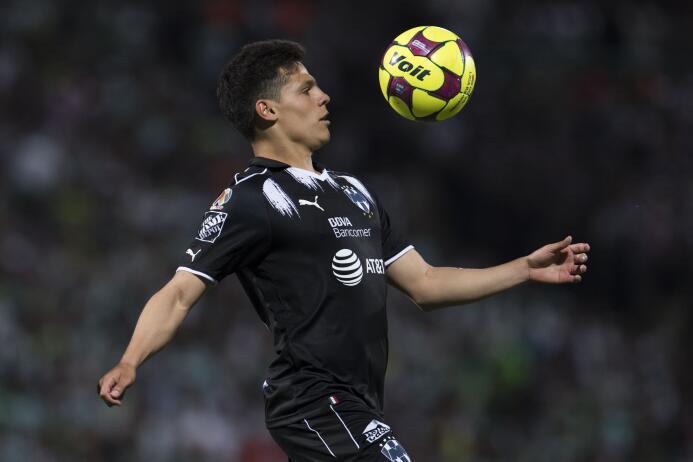 Alfonso González, de Rayados, fue relegado poco a poco al banquillo por...