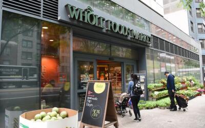 La cadena Whole Foods genera miles de puestos de trabajo en todo el pa&i...