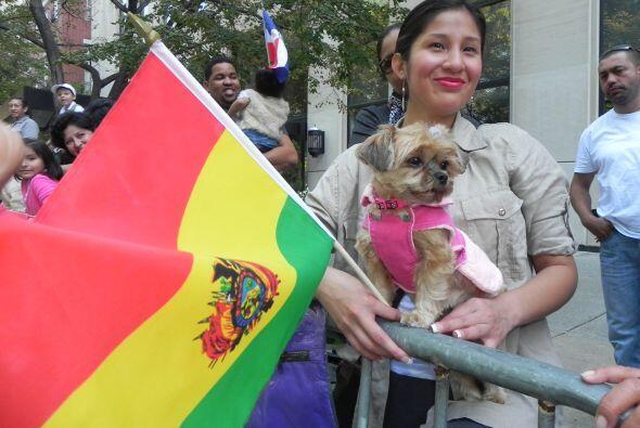 imágenes en el desfile de la Hispanidad 57e8c42764d44941a1a4474a0b9ae5e7...