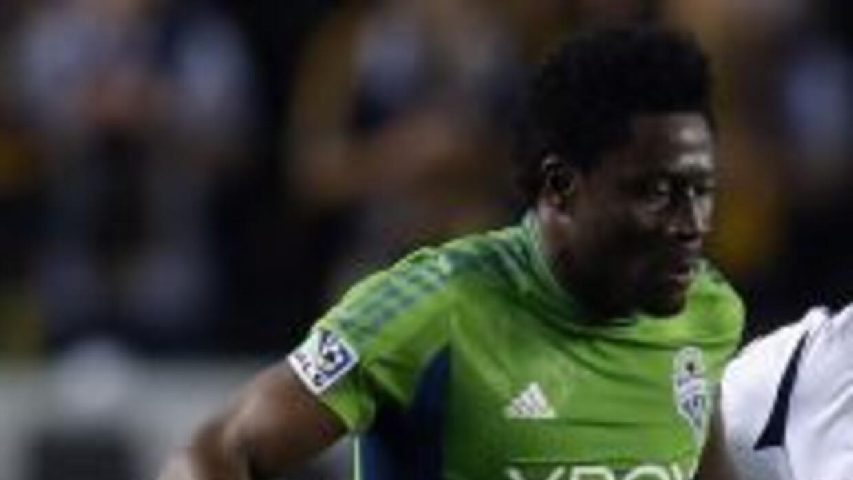 El delantero Obafemi Martins, del Seattle Sounders FC, fue elegido jugad...