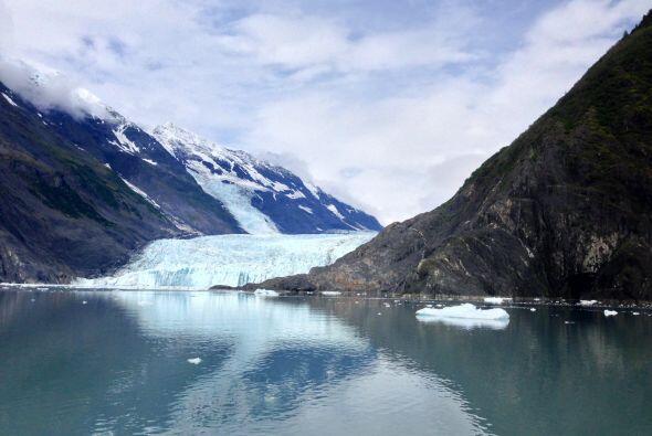 Estas formaciones se extienden por 105 kilómetros a lo largo de la bahía.