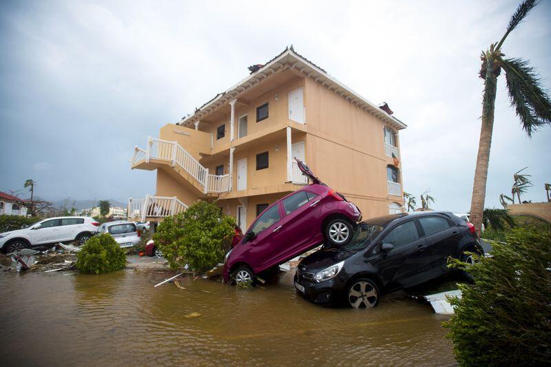 Más del 40% de los residentes del sur de Florida se quedaron sin energía...