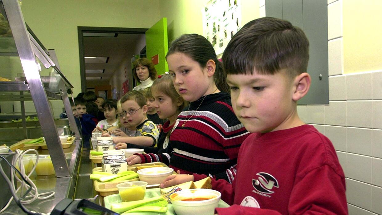 El Departamento de Agricultura requiere que los distritos escolares impl...