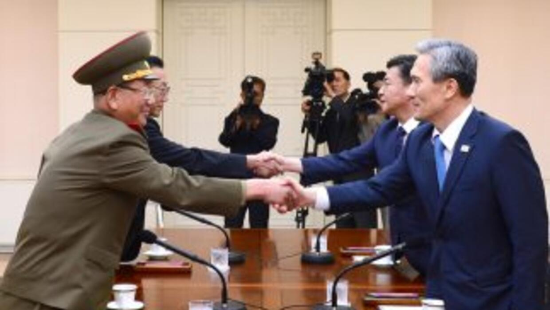 Funcionarios de alto nivel de las dos Coreas en reunión de alto nivel pa...