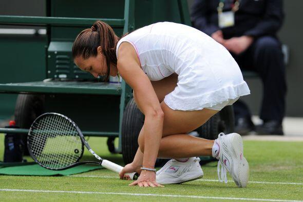 Al parecer la serbia Jelena Jankovic no sólo perdió en primera ronda, si...