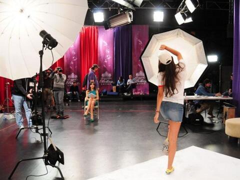 Alejandro Chabán y Alejandra Espinoza trabajaron con las chicas p...