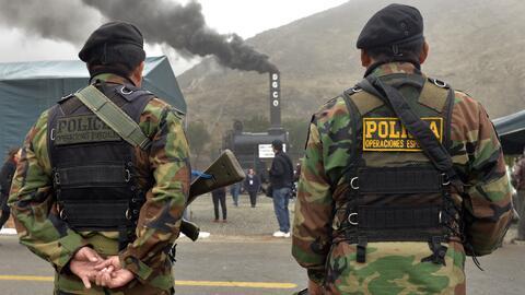 Miembros de las fuerzas especiales de la policía peruana.