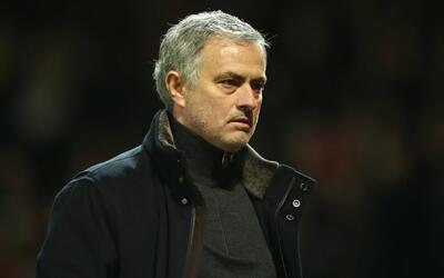 Manchester United cayó 1-2 ante Sevilla.
