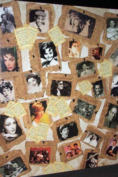 A la entrada un afiche revive las caras de varios famosos en el mundo.